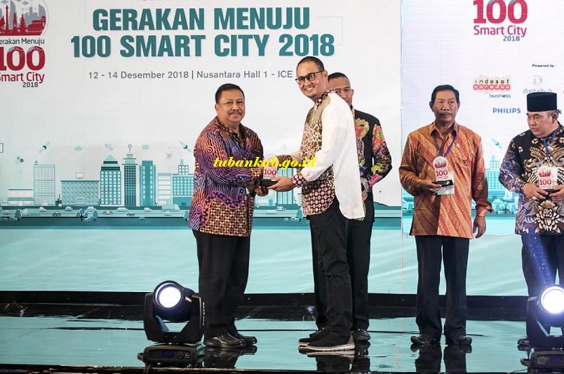Tuban Raih Penghargaan Gerakan Menuju 100 Smart City 2018