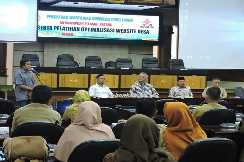 PWI dan PT SI Berikan Pelatihan Jurnalistik dan Optimalkan Website Desa
